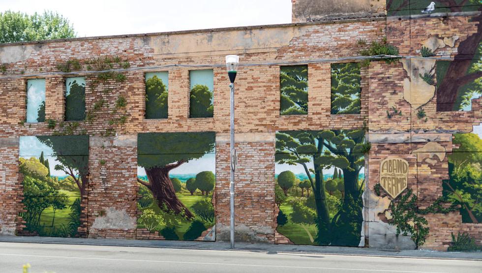 la-cremerie-biennale-street-art-2.jpg