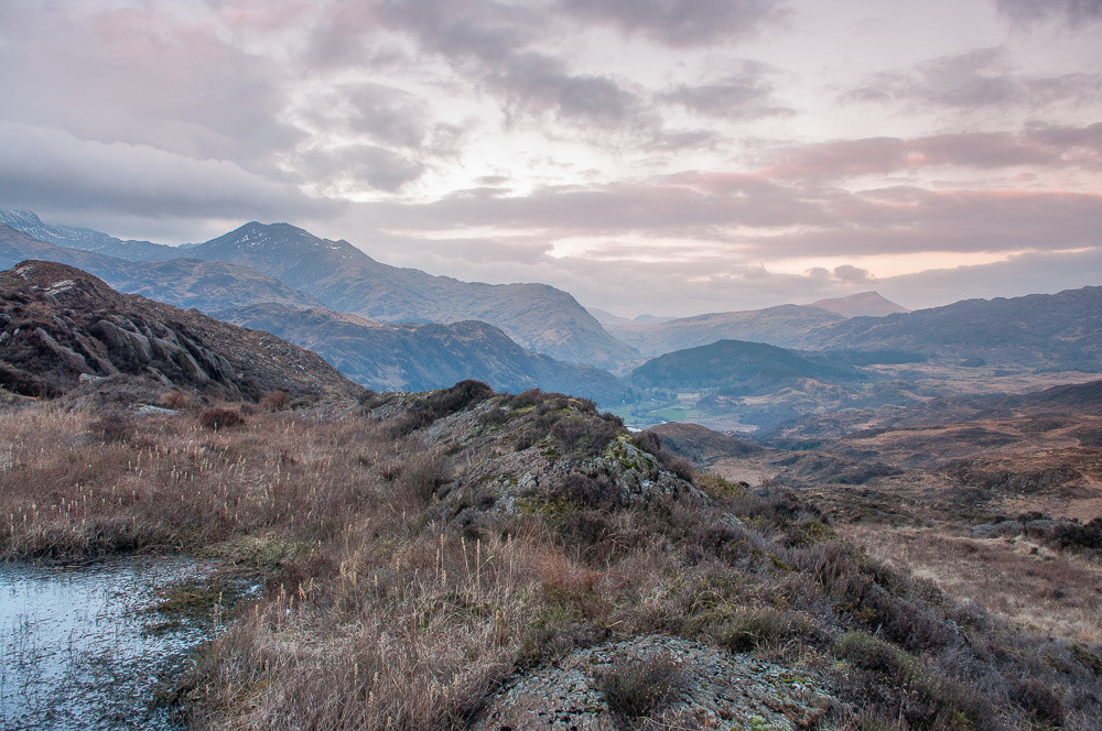 Lliwedd and Moel Siabod are prominent, with Nant Gwynant between.