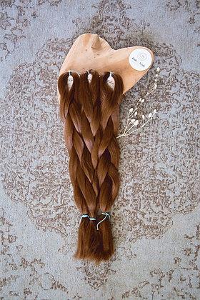 Synthetic Jumbo Braid Hazelnut Brown