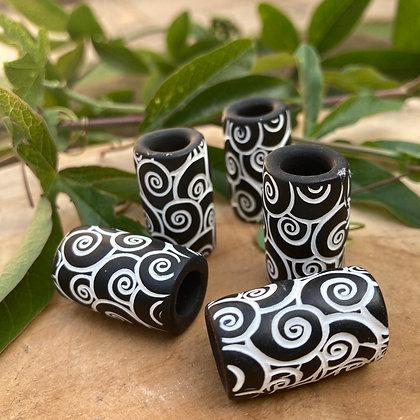 Dreadbead  black&white tribal swirl