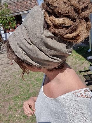 Natural scarf creme