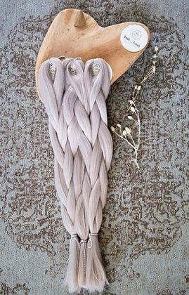 Synthetic jumbo braid Ash Grey