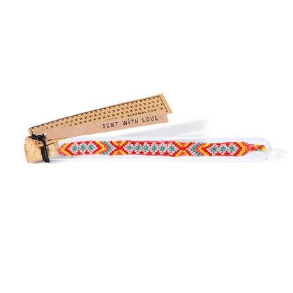 HIYA bracelet