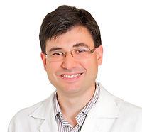 doutor-mauricio-brunetto_edited_edited.j