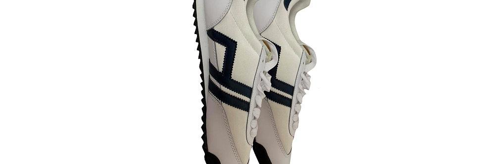 House Design White Sneakers P42