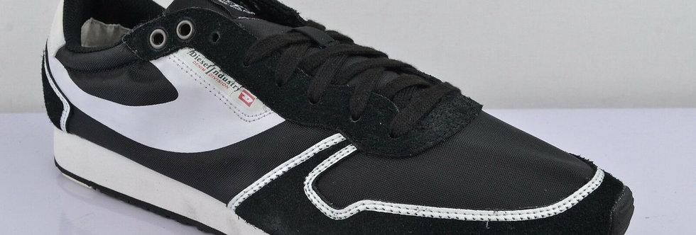 Diesel Black Suede Pass On Sneakers 100