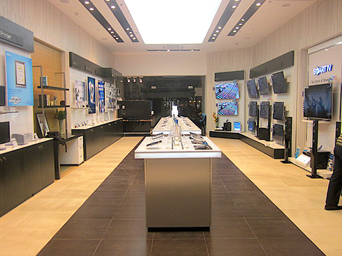 Samsung Brand Store_Janpath.png