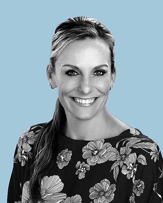 Jennifer Hillestad, CNP