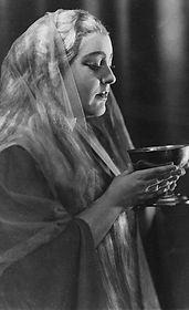Erna Schlüter als Isolde, Foto: Schlüter-Archiv