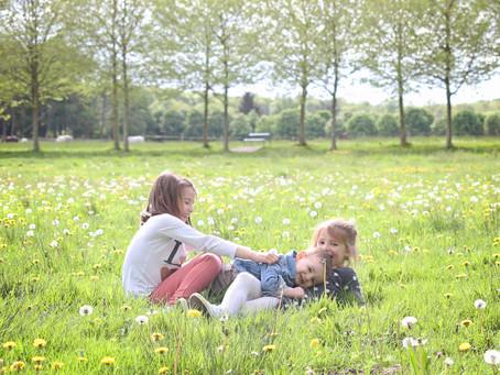 Promenade en famille au parc du chateau de Plaisir