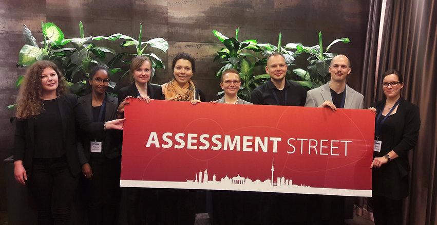EFAD 2019 Gruppenbild Assessment Street 1_edited.jpg