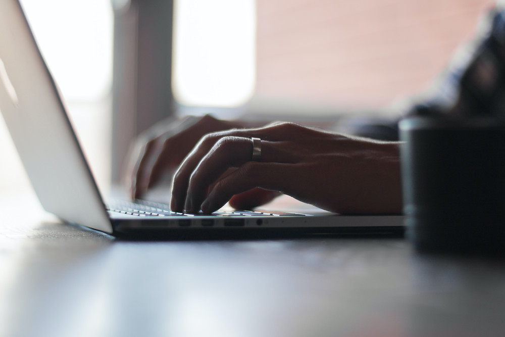 blog writing tips lawyers uk