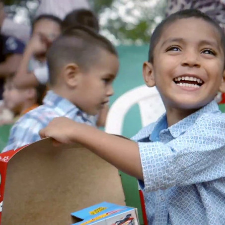 Last Day to Pack a Shoebox online!