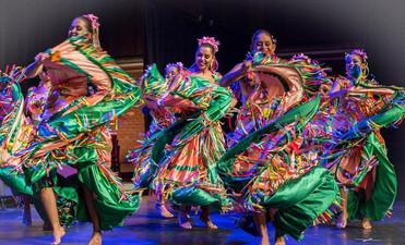 Flor Ribeirinha apresenta espetáculo de turnê na Europa em evento gratuito em Cuiabá