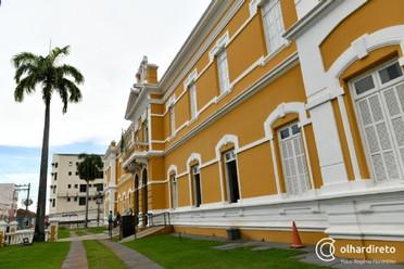 Biblioteca Estevão de Mendonça realiza colônia de férias gratuita com teatro, oficinas, pintura e ma