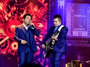 Final de semana tem show de Bruno & Marrone e Kevin, O Chris, em Cuiabá; confira programação