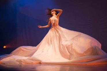 Espetáculo de dança do ventre inspirado em Led Zeppelin traz bailarino do 'Belly Dance Factor&#3