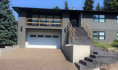 concrete-coloured-stairs-calgary-contrac
