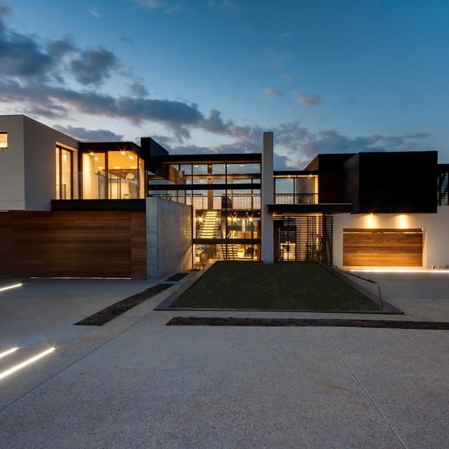 A-dynamic-concrete-driveway.jpg