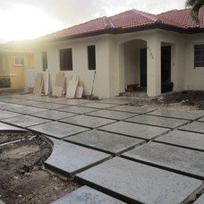 Driveway and Ds house and landscaping 03