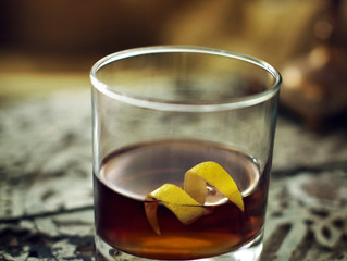 5 Reasons You Should Hire A Professional Bartender