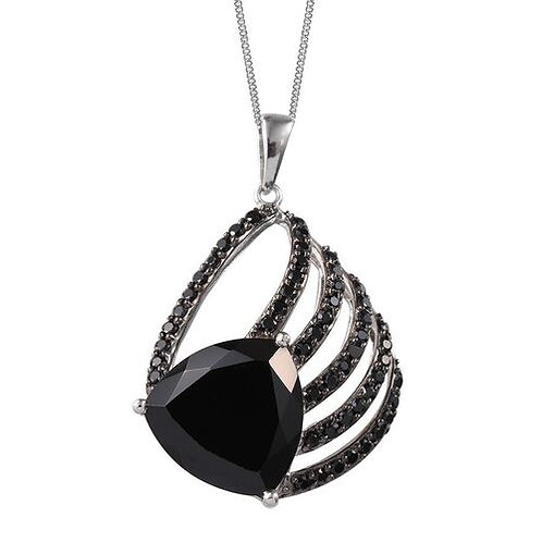 Boi Ploi Black Spinel (Trl 14.75 Ct) Necklace in Platinum Overlay