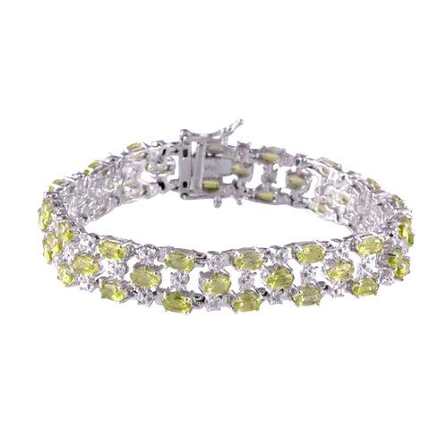 AA Hebei Peridot (Ovl), Diamond Bracelet in Platinum Overlay Sterling Silver (Si
