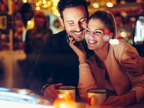 5 Things The Most Attractive Women Do On First Dates (Especially If They Want A Second)