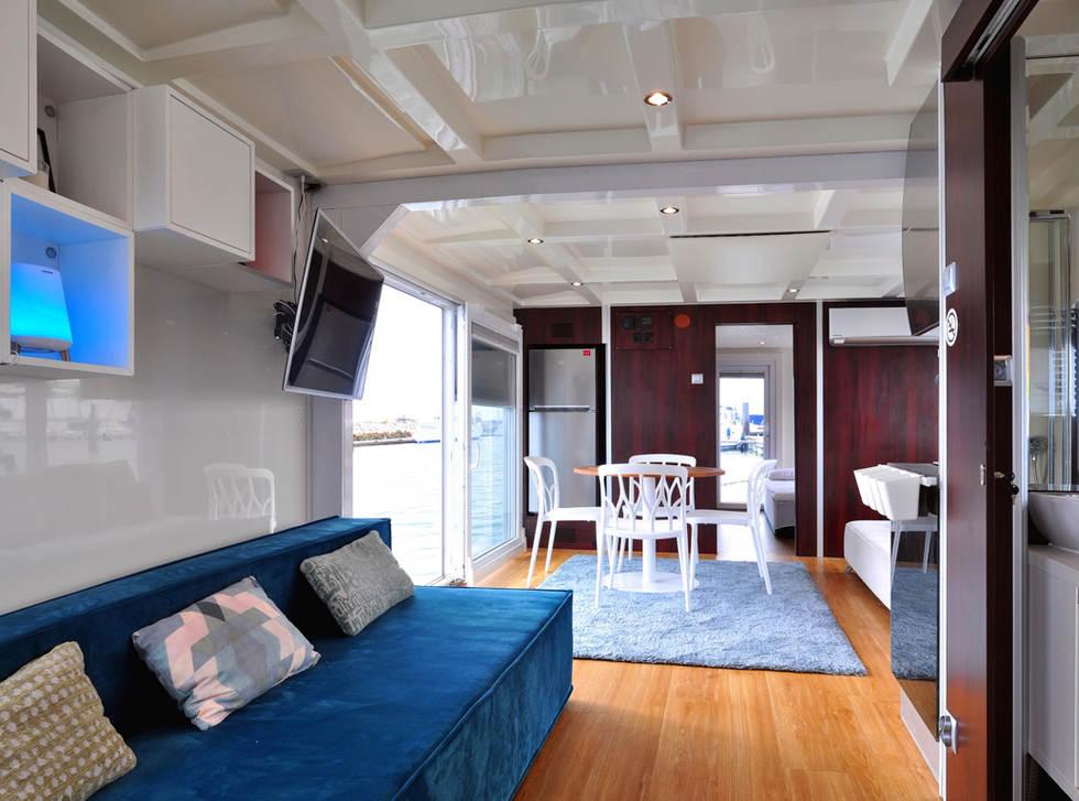 Houseboat AQUACASA overview
