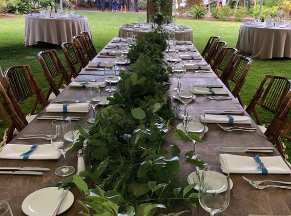 Alderbrook lodge farm table garland