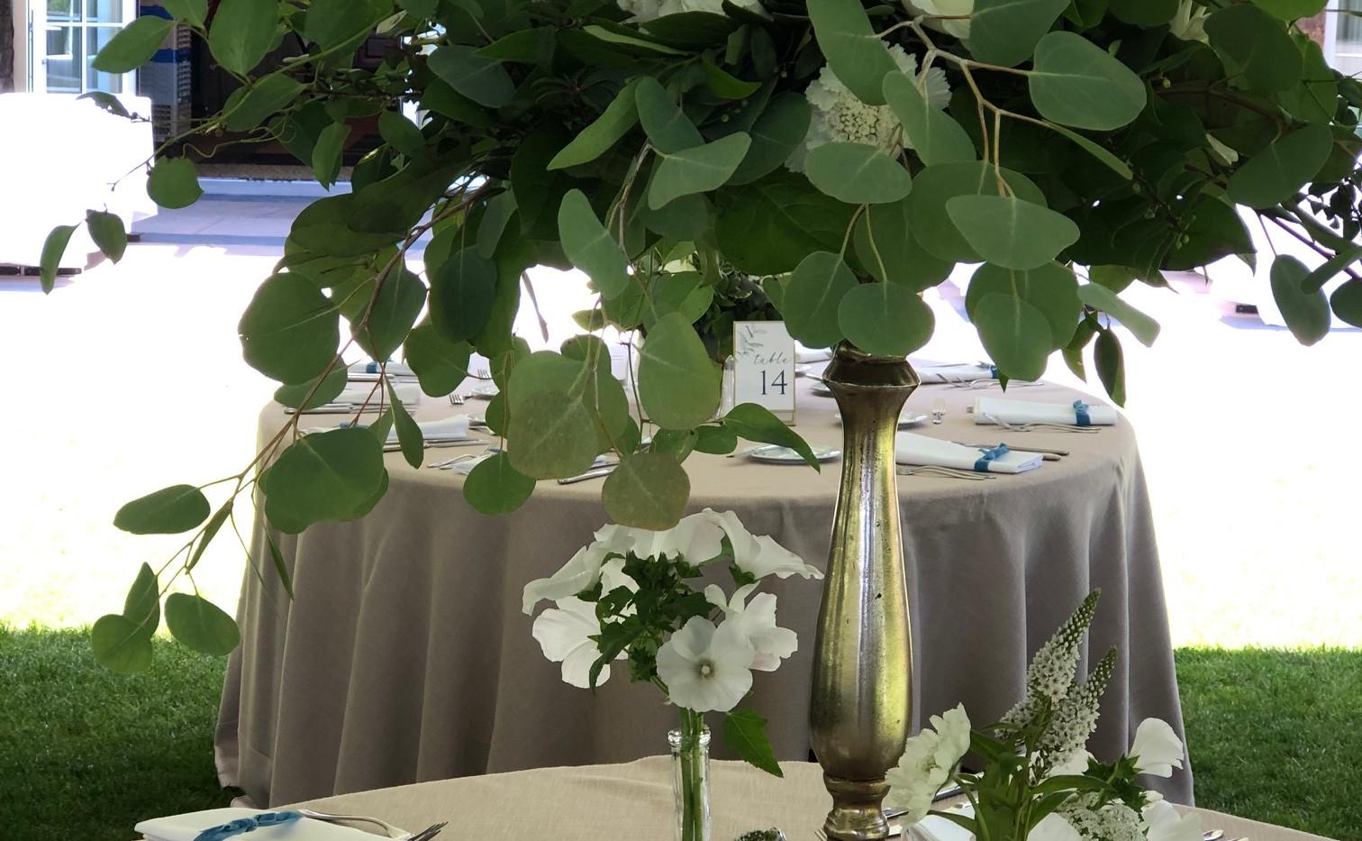 Alderbrook lodge NW greenery centerpiece