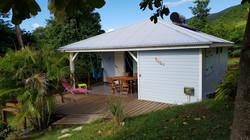 Façade bungalow bleu