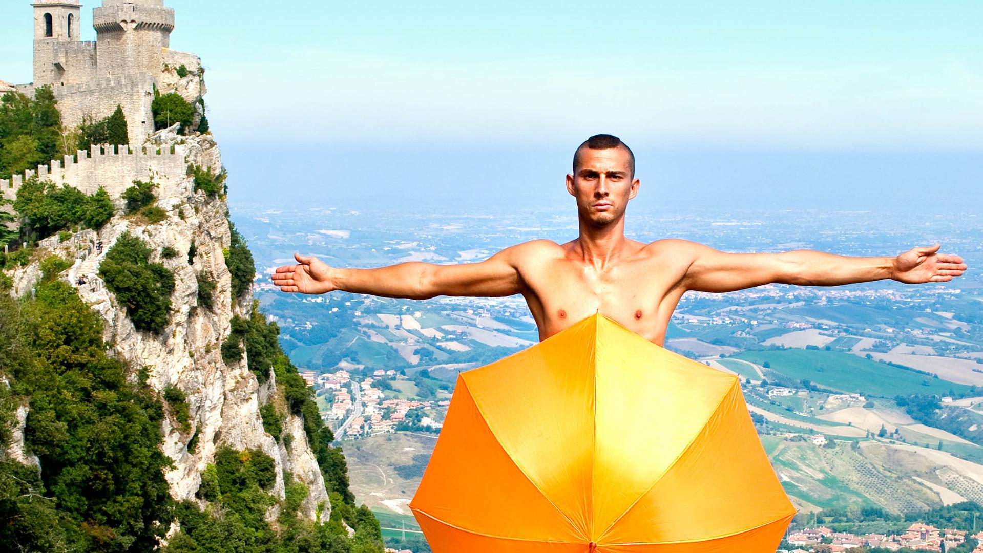 San Marino standing.jpg