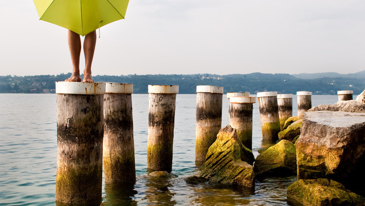 Lago Garda standing.jpg
