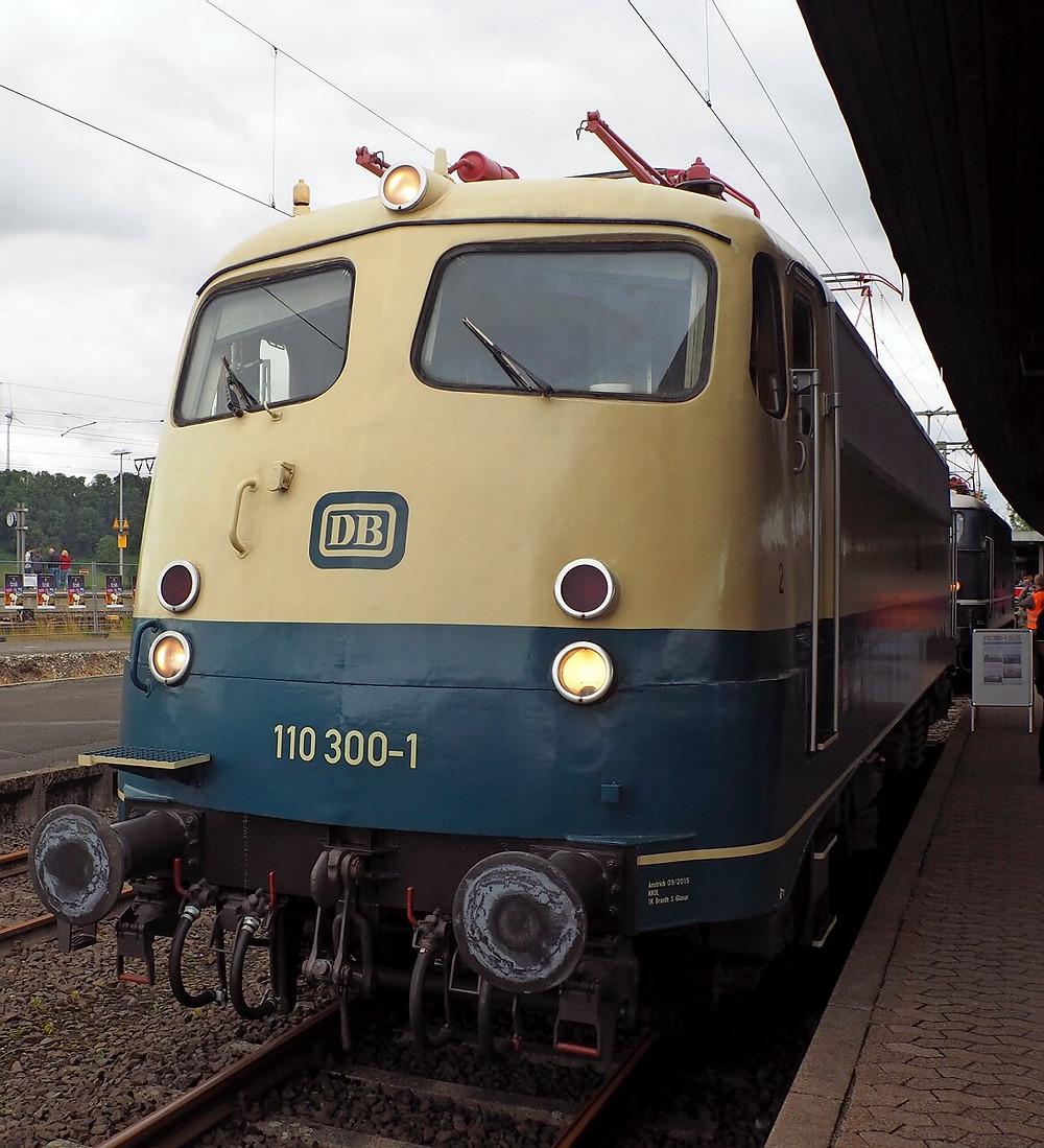 110 300-1: Die Rekordlok der Baureihe 110.