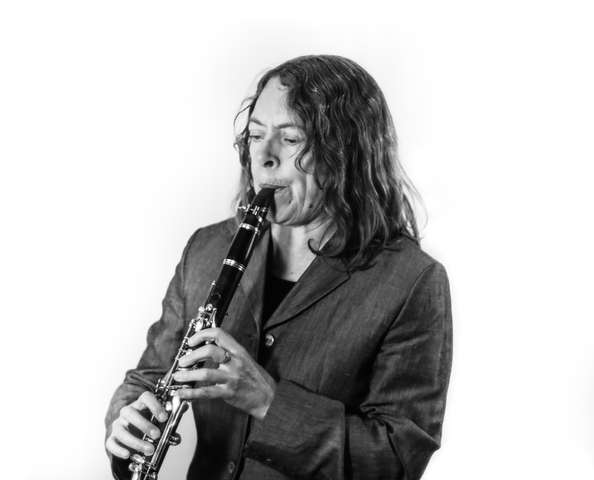 Karen WImhurst Bb Clarinet (BW)