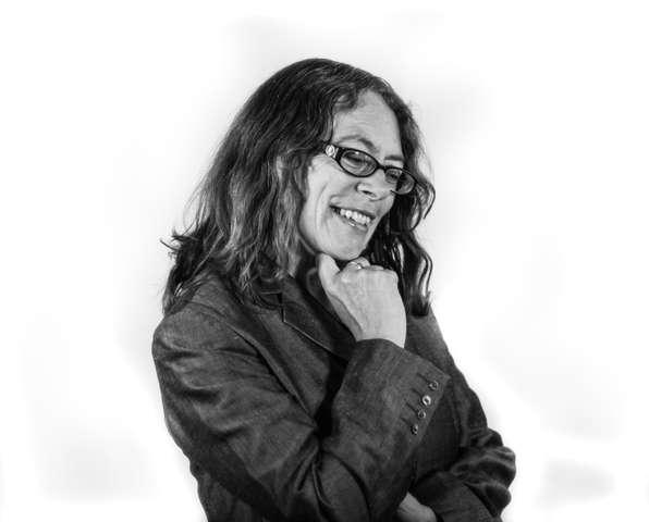 Karen Wimhurst 1 (B&W)