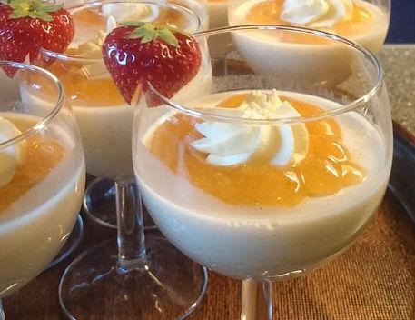 Dessert Moltepanacotta Lapphaugen.jpg