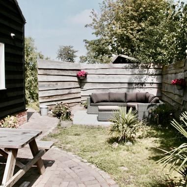 Lounge-Ecke garden.jpeg