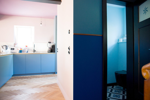 EG Küche Eingang WC.jpg