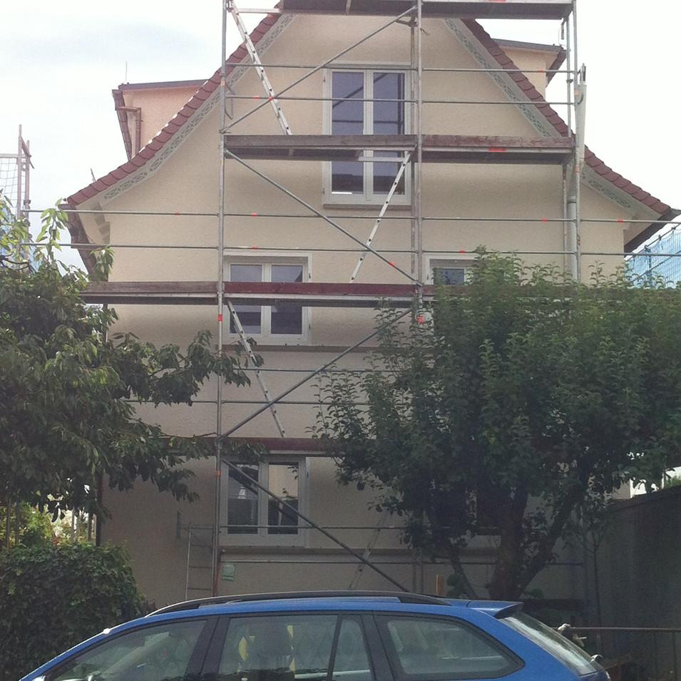 Bei der Ausführung des Fassadenanstrichs
