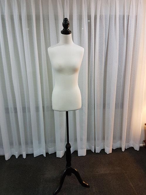 Mannequin (Female)