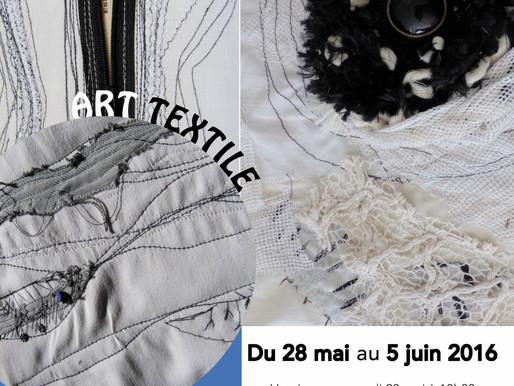 ART TEXTILE, le Noir & Blanc s'invite avec les œuvres d'Isabelle Piron