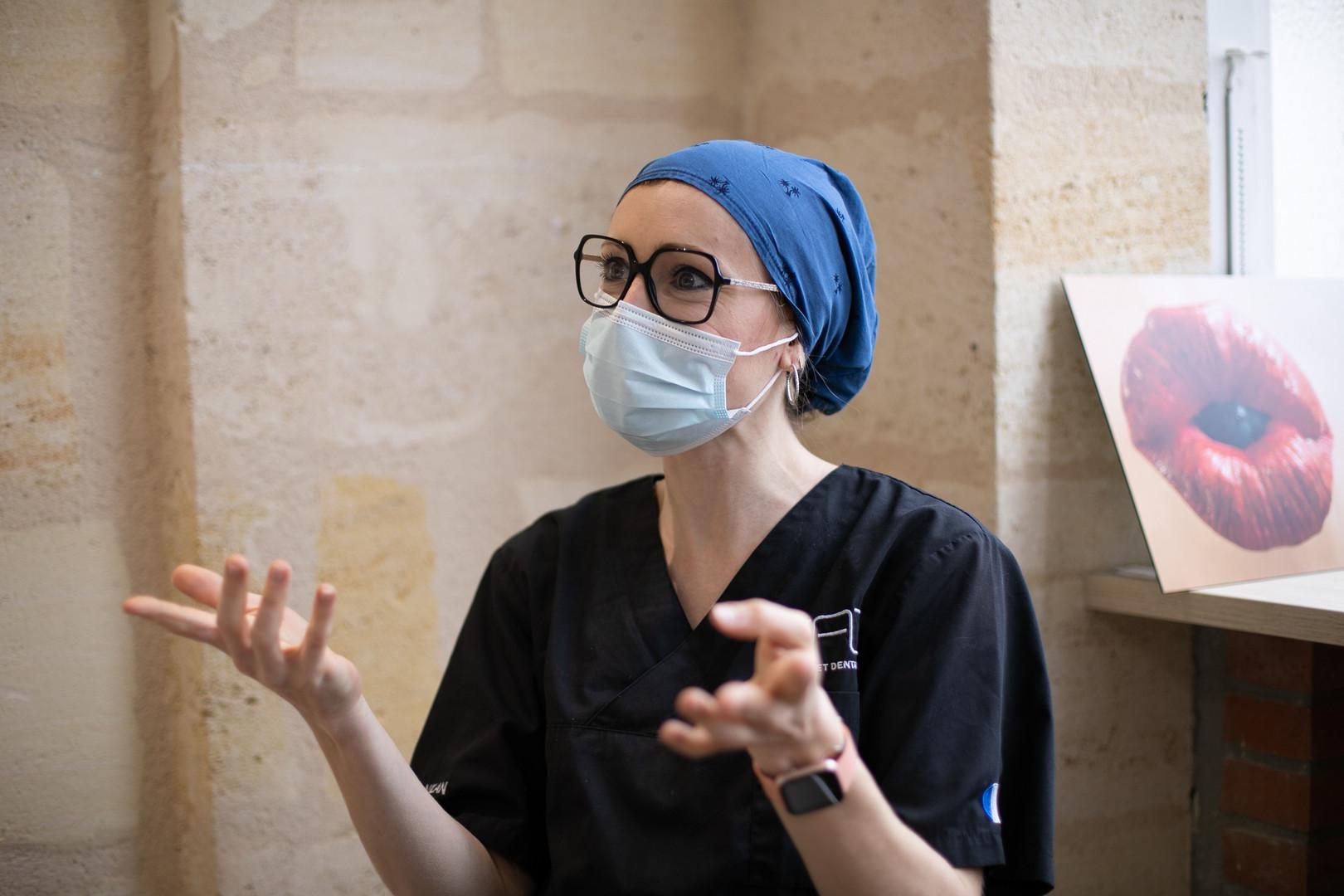 calot de bloc chirurgical indigo dentiste