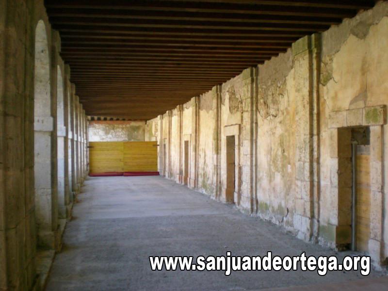 claustro 44.jpg