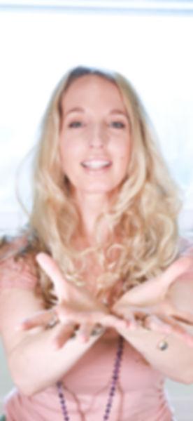 Dorianne Taylor_Headshot.jpeg