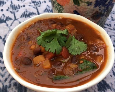 Spicy Chipotle Black Bean Soup