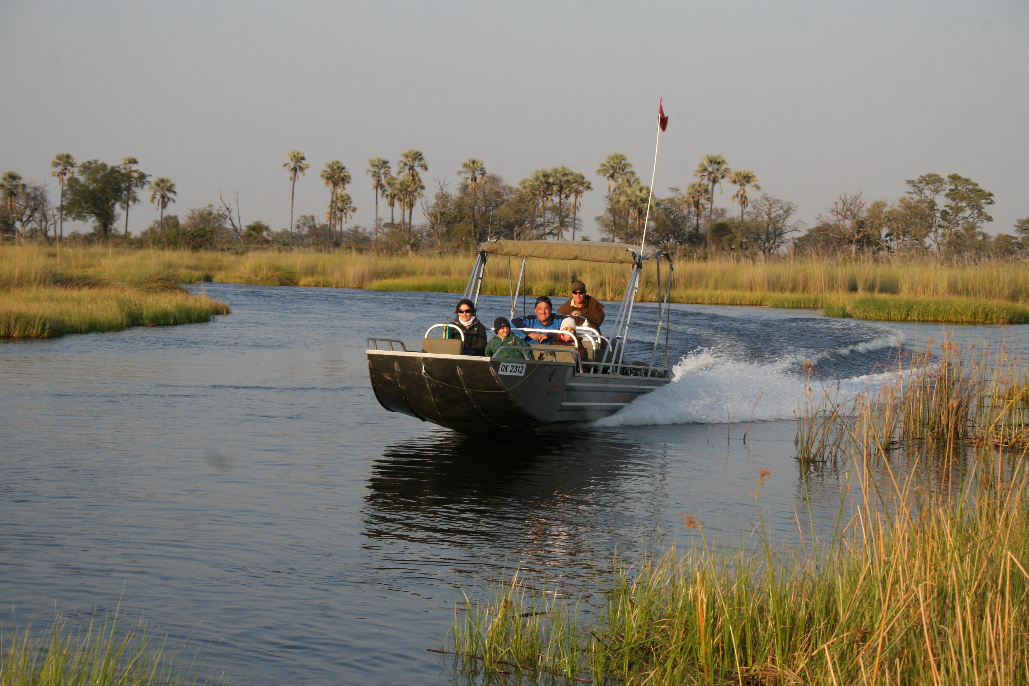Family boat safari