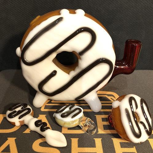 Vanilla Drizzle Donut Set by Jam Bear Glass