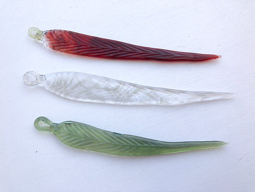 Seafire Glass Feather Pendy Dabber